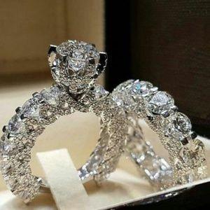 NEW 2PC 18K White Gold Diamond Wedding Ring Set